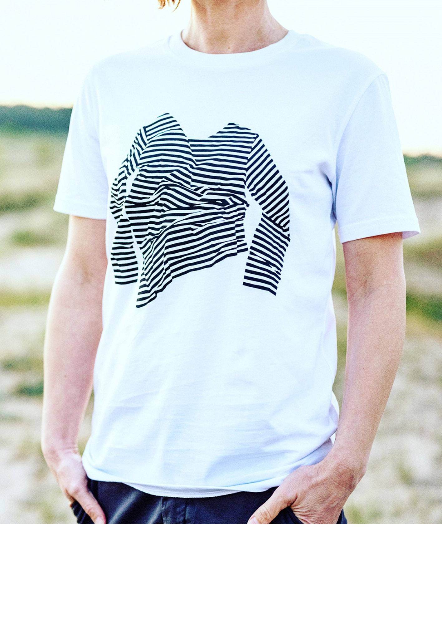 t-shirt-meta